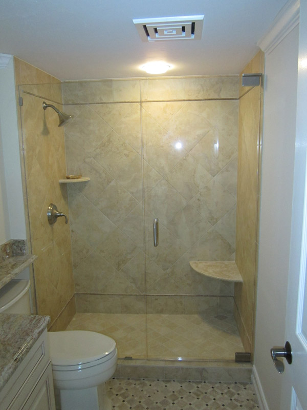 Trackless Shower Doors in Barefoot Beach FL
