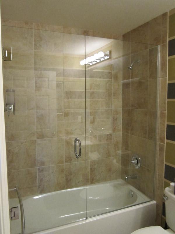 Tub shower doors in golden gate fl for Bathroom gate design